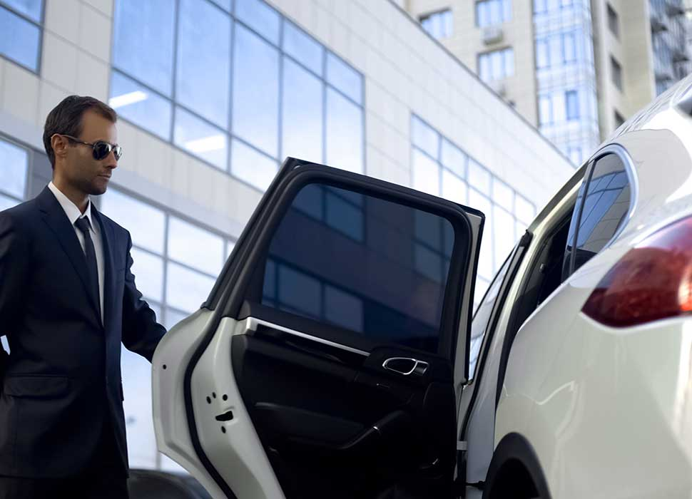 Chauffeur-Personnel-services-AomServices